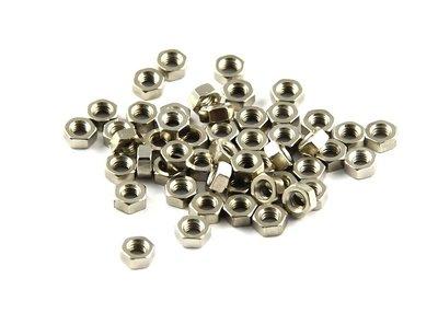 Moer 4mm (50 stuks)